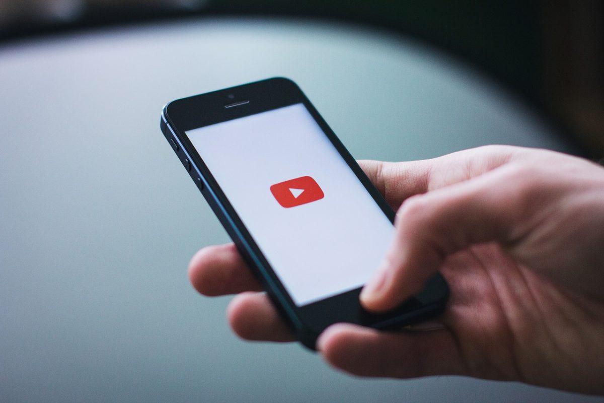 views su YouTube