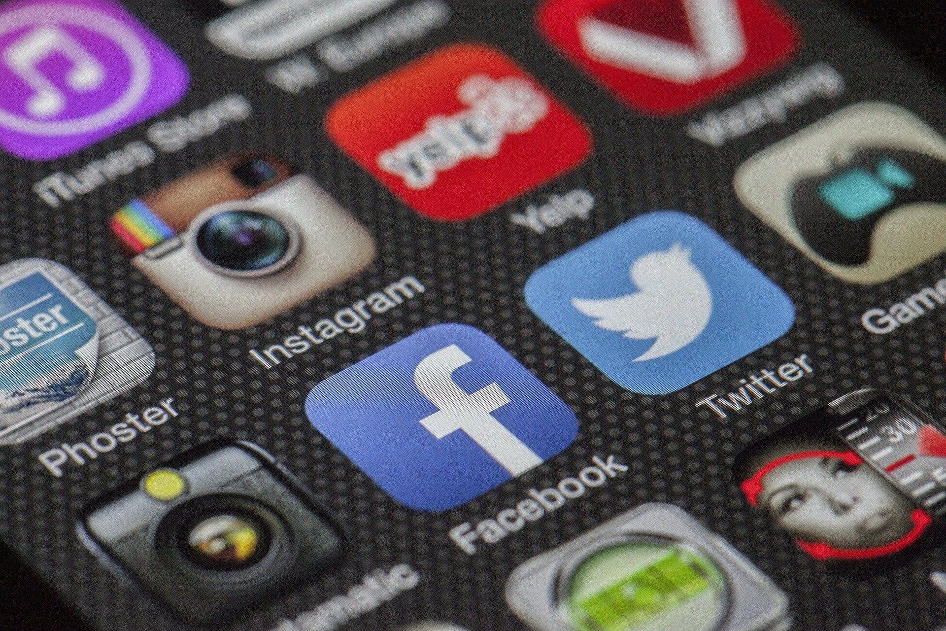 Acquisire clienti Social