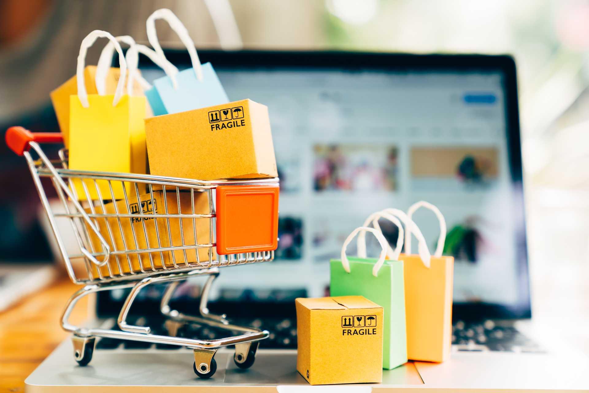 fare acquisti sui social
